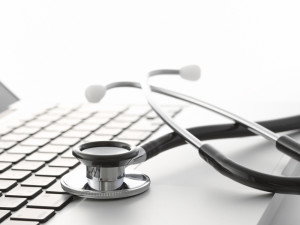stethoscope_laptop